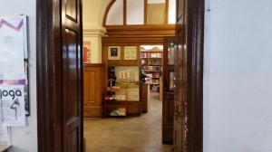 krakow bookshops